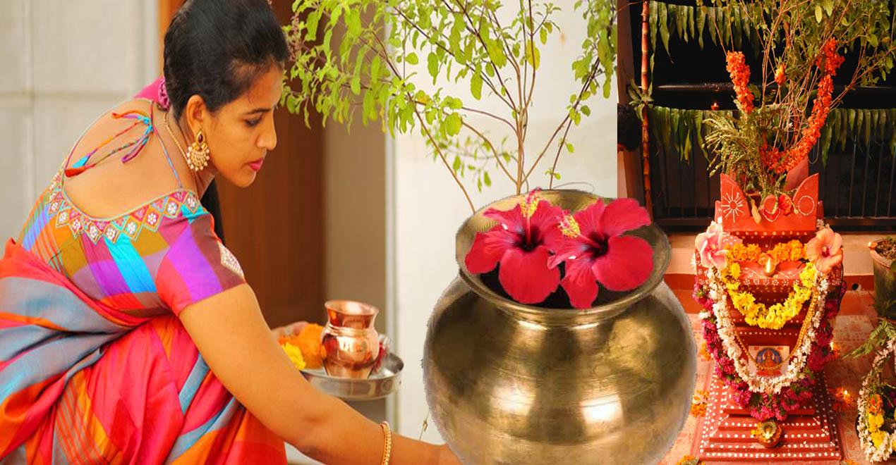 ಹೆಣ್ಣು ಮಕ್ಕಳು ಪ್ರತಿನಿತ್ಯ ತುಳಸಿ ಗಿಡವನ್ನು ಪೂಜೆ ಮಾಡುವ ಮುನ್ನ ಈ ಮೂರೂ ವಿಷ್ಯ ಮರೆಯದೇ ನೆನಪಿನಲ್ಲಿ ಇಟ್ಟುಕೊಳ್ಳಿ - Karnataka No 1 Samachara